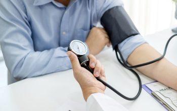 Tekanan Darah Terlalu Tinggi, Bisa Sebabkan Serangan Stroke?